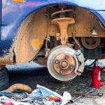 Plusy i minusy korzystania z usług autoryzowanego serwisu samochodowego